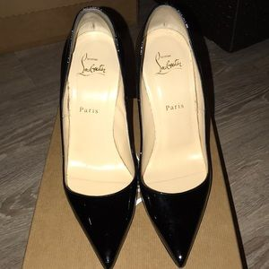 Christian Louboutin So Kate 9B